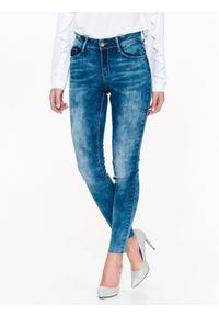 Niebieskie spodnie TOP SECRET na lato, na co dzień, w kolorowe wzory