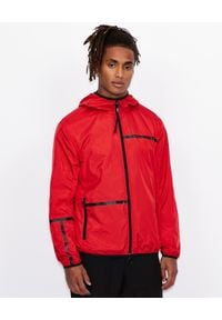 Armani Exchange - ARMANI EXCHANGE - Czerwona kurtka z kapturem. Okazja: na co dzień. Typ kołnierza: kaptur. Kolor: czarny. Materiał: materiał. Wzór: paski. Styl: casual