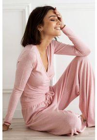 Różowa bluzka z długim rękawem Undiz casualowa, na co dzień