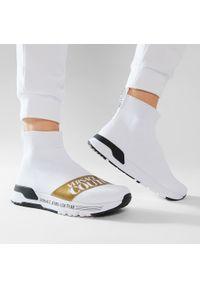 Versace Jeans Couture - Sneakersy VERSACE JEANS COUTURE - E0VWASA7 71935 003. Okazja: na co dzień. Kolor: biały. Materiał: materiał. Szerokość cholewki: normalna. Styl: casual