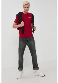 Champion - T-shirt bawełniany. Okazja: na co dzień. Kolor: czerwony. Materiał: bawełna. Wzór: gładki. Styl: casual