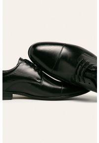 Czarne półbuty Wojas eleganckie, z cholewką