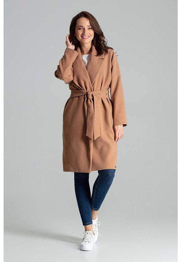 Beżowy płaszcz Katrus