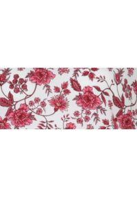 TOP SECRET - Printowana bluzka tkaninowa. Typ kołnierza: dekolt w kształcie V. Kolor: biały. Materiał: tkanina. Długość rękawa: krótki rękaw. Długość: krótkie. Sezon: jesień