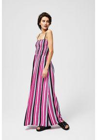 Różowa sukienka MOODO maxi