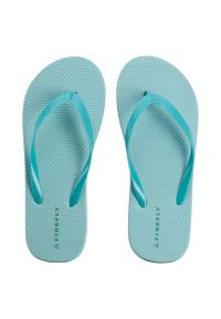 Klapki damskie Firefly Madera 232528. Okazja: na co dzień, na spacer, na plażę. Materiał: skóra, materiał, guma. Wzór: paski, kolorowy. Sezon: lato. Styl: sportowy, wakacyjny, casual