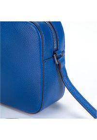 Wittchen - Damska listonoszka skórzana o pudełkowym kroju. Kolor: niebieski. Wzór: haft. Dodatki: z haftem. Materiał: skórzane. Styl: elegancki, casual
