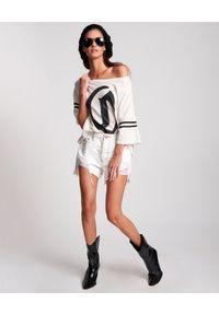 ONETEASPOON - Krótkie spodenki Truckers Mid Waist. Kolor: biały. Materiał: jeans. Długość: krótkie. Wzór: aplikacja #5
