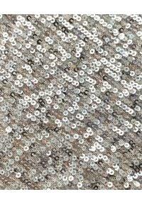 AGGI - Srebrna sukienka cekinowa Kim. Kolor: srebrny. Długość rękawa: na ramiączkach. Typ sukienki: kopertowe. Długość: midi