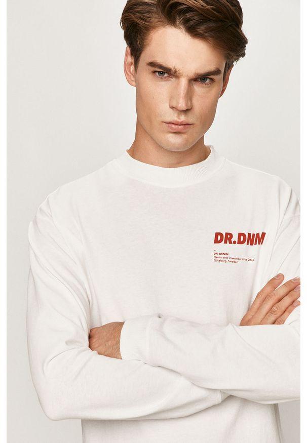 Biała koszulka z długim rękawem Dr. Denim z okrągłym kołnierzem, z nadrukiem