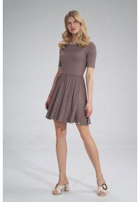 e-margeritka - Sukienka wiskozowa na lato rozkloszowana brązowa - s. Kolor: brązowy. Materiał: wiskoza. Sezon: lato. Typ sukienki: rozkloszowane