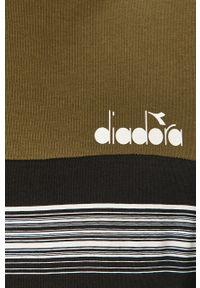 Oliwkowa bluza nierozpinana Diadora z nadrukiem, casualowa