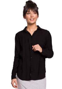 MOE - Czarna Klasyczna Koszula z Pagonami. Kolor: czarny. Materiał: poliamid, wiskoza. Styl: klasyczny