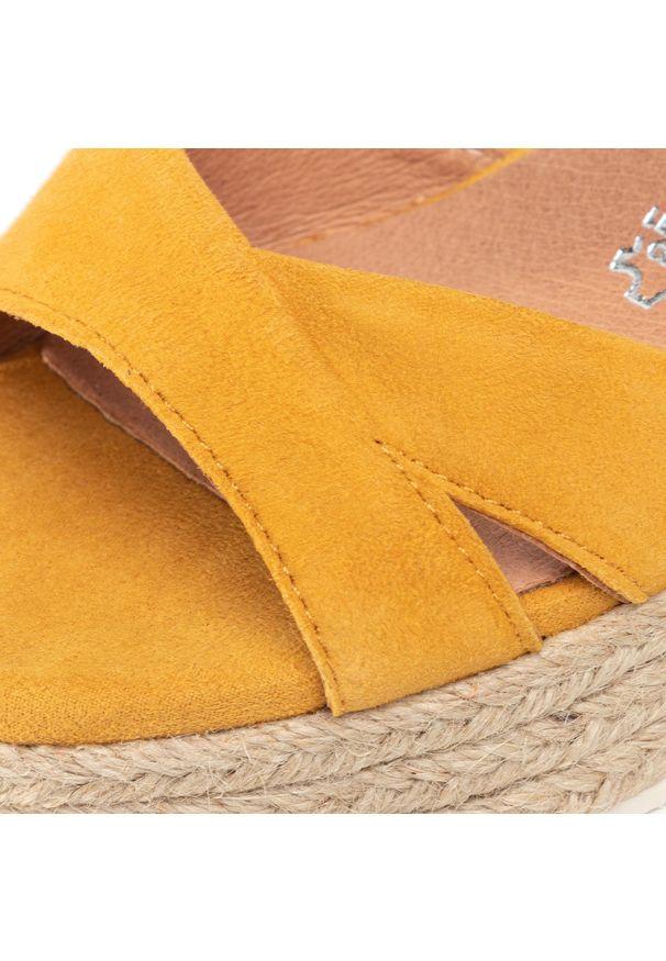 Żółte sandały Marco Tozzi na co dzień, casualowe