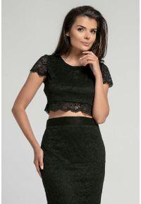 Nommo - Czarna Elegancka Krótka Koronkowa Bluzka. Kolor: czarny. Materiał: koronka. Długość: krótkie. Styl: elegancki