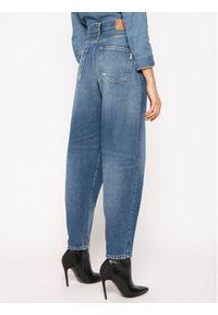 Niebieskie boyfriendy Pepe Jeans