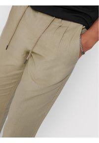 Only & Sons - ONLY & SONS Spodnie materiałowe Leo 22013002 Beżowy Regular Fit. Kolor: beżowy. Materiał: materiał #3