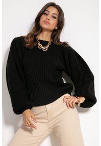 Czarny sweter Fobya w prążki
