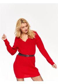 Czerwony sweter TROLL na zimę, z dekoltem w serek, długi
