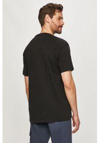 Czarny t-shirt Napapijri z nadrukiem, casualowy, na co dzień