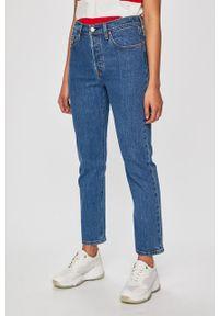 Niebieskie jeansy Levi's® biznesowe, na spotkanie biznesowe