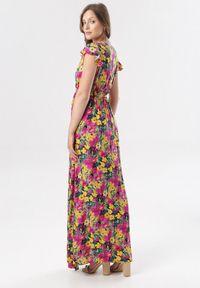 Born2be - Żółto-Różowa Sukienka Oceshi. Typ kołnierza: kokarda, kołnierz z falbankami. Kolor: żółty. Materiał: materiał. Wzór: kwiaty. Typ sukienki: kopertowe. Długość: maxi