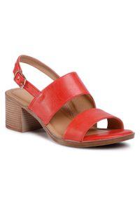 Czerwone sandały Lasocki na średnim obcasie, na obcasie