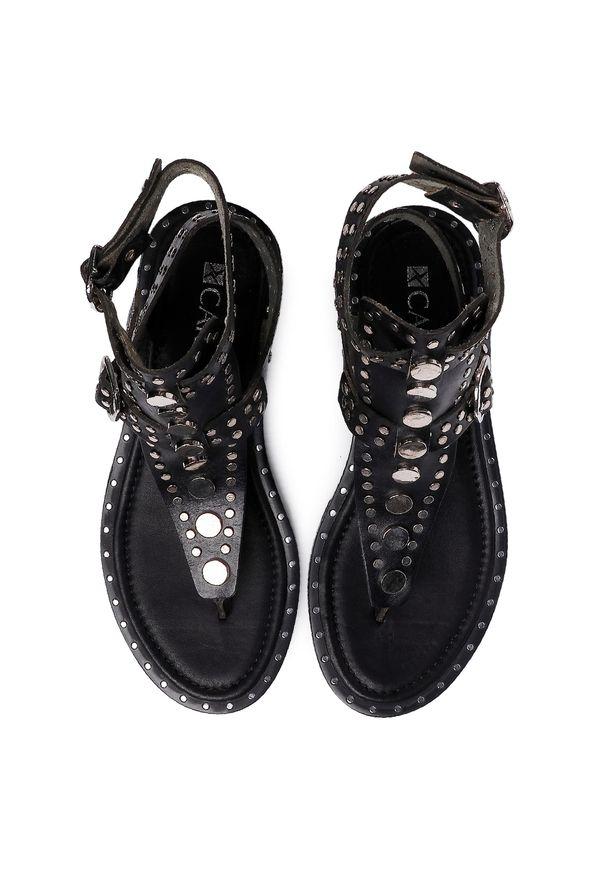 Czarne sandały Carinii na co dzień, casualowe