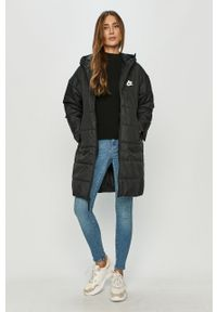Czarna kurtka Nike Sportswear z kapturem
