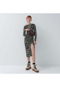House - Asymetryczna sukienka maxi - Wielobarwny. Typ sukienki: asymetryczne. Długość: maxi