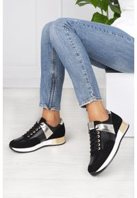 Kati - Czarne sneakersy kati buty sportowe sznurowane polska skóra 7003. Kolor: czarny. Materiał: skóra