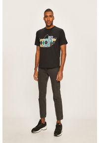Czarny t-shirt adidas Originals casualowy, na co dzień, polo