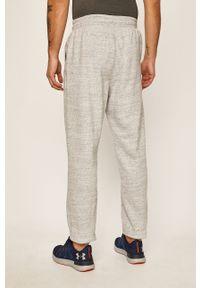 Szare spodnie dresowe Under Armour z nadrukiem #3