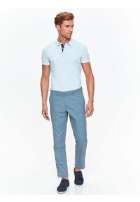 TOP SECRET - Spodnie męskie typu chino o regularnym kroju. Okazja: na co dzień. Kolor: niebieski. Materiał: tkanina, bawełna. Styl: elegancki, klasyczny, casual