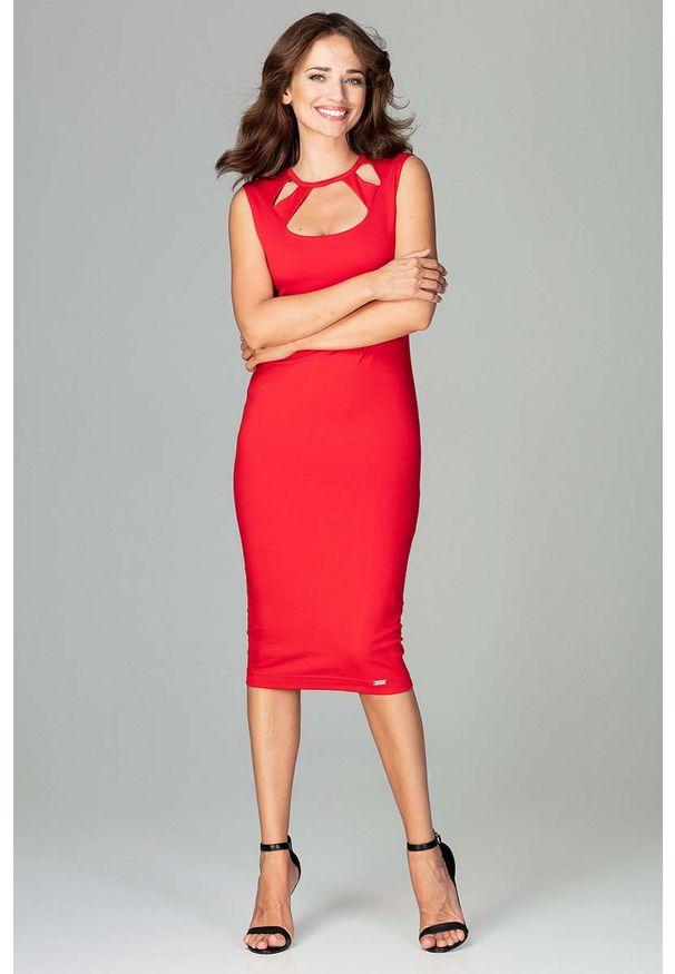 Katrus - Czerwona Klasyczna Ołówkowa Sukienka Midi z Ozdobnym Dekoltem. Kolor: czerwony. Materiał: wiskoza, poliester, elastan. Typ sukienki: ołówkowe. Styl: klasyczny. Długość: midi