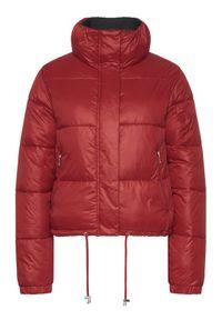Czerwona kurtka puchowa Silvian Heach