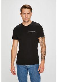 Czarny t-shirt Calvin Klein Jeans na co dzień, z okrągłym kołnierzem