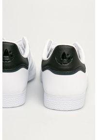 Białe sneakersy adidas Originals z cholewką, Adidas Gazelle