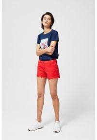 MOODO - Szorty jeansowe z koronką. Materiał: jeans, koronka. Wzór: koronka