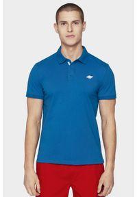 4f - Koszulka polo męska. Okazja: na co dzień. Typ kołnierza: polo. Kolor: niebieski. Materiał: bawełna, jersey, materiał. Styl: casual