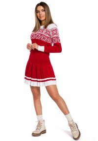 MOE - Czerwona Świąteczna Sukienka Swetrowa z Obniżoną Talią. Kolor: czerwony. Materiał: akryl. Styl: wizytowy