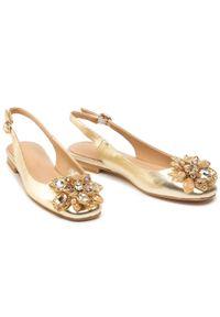 Złote sandały Alma En Pena