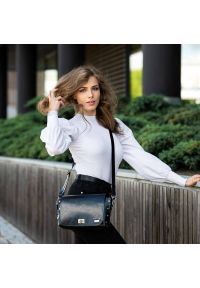 Czarna torebka PAOLO PERUZZI elegancka, na ramię