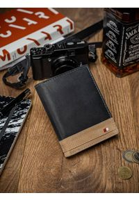 ALWAYS WILD - Portfel męski czarno-beżowy Always Wild N104-R-RFID BL+TAN. Kolor: wielokolorowy, beżowy, czarny. Materiał: skóra