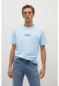 Niebieski t-shirt Mango Man z okrągłym kołnierzem, z nadrukiem, casualowy