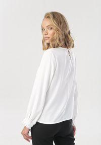 Biała bluzka Born2be