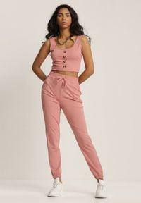 Renee - Różowy Dwuczęściowy Komplet Dresowy Ephenea. Kolor: różowy. Materiał: dresówka
