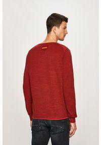 Czerwony sweter Camel Active na co dzień, casualowy