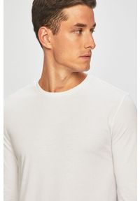 Biała koszulka z długim rękawem Levi's® z okrągłym kołnierzem, na spotkanie biznesowe, w kolorowe wzory
