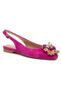 Różowe sandały Alma En Pena